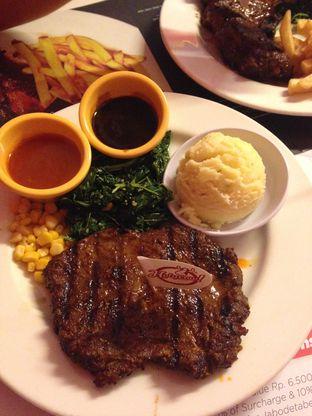 Foto 2 - Makanan di Holycow! STEAKHOUSE by Chef Afit oleh Almira  Fatimah
