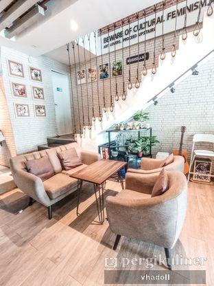 Foto 2 - Interior di Chill Bill Coffees & Platters oleh Syifa