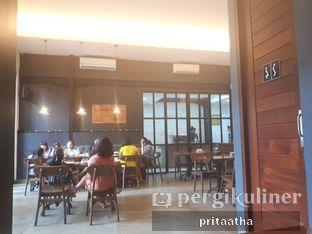 Foto 3 - Interior di Monopole Coffee Lab oleh Prita Hayuning Dias