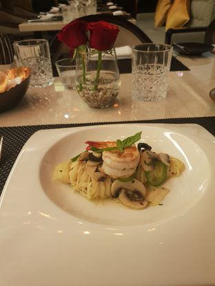 Foto 2 - Makanan(Angel hair) di Basic Instinct Culinary oleh Vising Lie