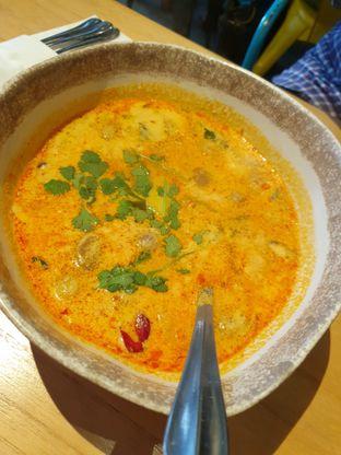 Foto 7 - Makanan di Tomtom oleh Makan2 TV Food & Travel