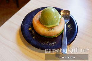 Foto 4 - Makanan(green tea hotteok add green tea ice cream) di Chingu Korean Fan Cafe oleh Vera Arida