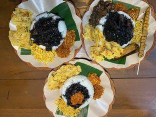 Foto review Nasi Cumi Hitam Madura Pak Kris oleh Yohanacandra (@kulinerkapandiet) 3