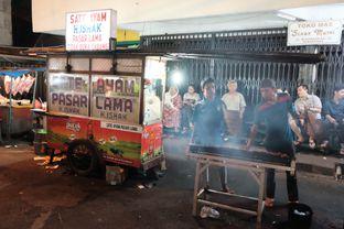 Foto 1 - Interior di Sate Ayam Pasar Lama H. Ishak oleh Marsha Sehan