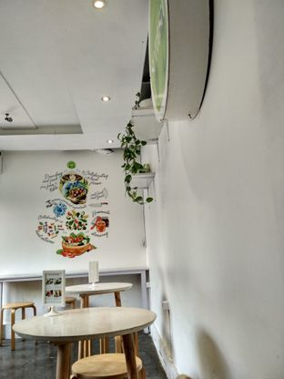 Foto 2 - Interior di Serasa Salad Bar oleh Laela Marlina