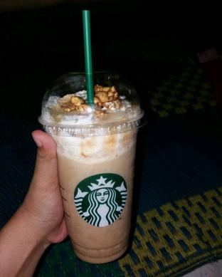 Foto 2 - Makanan di Starbucks Coffee oleh Devi Renat