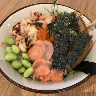 Foto - Makanan di Honu Poke & Matcha Bar oleh @stelmaris
