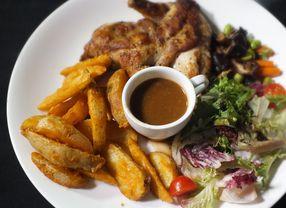 4 Tempat Makan di Jakarta Pusat Ini Buka 24 Jam Lho!