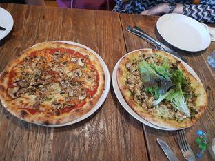 Foto 1 - Makanan di Pizzeria Cavalese oleh Nicole Rivkah