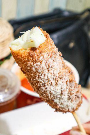 Foto 5 - Makanan di Reddog oleh thehandsofcuisine