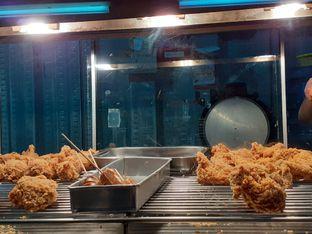 Foto 2 - Makanan di Let's Go! Chicken oleh Threesiana Dheriyani
