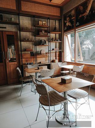 Foto 4 - Interior di Kopi Warga oleh Syifa