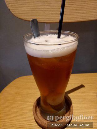 Foto 5 - Makanan(Ice Lychee Tea) di Origin Bakery oleh @NonikJajan