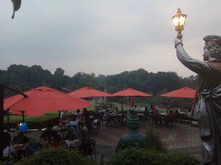 Foto 4 - Eksterior di Grand Garden Cafe & Resto oleh asari chiaki