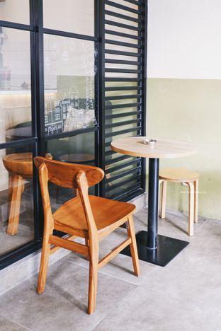 Foto 3 - Interior di Sedjenak Koffie En Eethuis oleh Indra Mulia