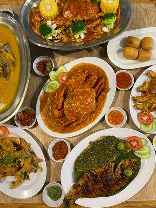 Foto 1 - Makanan di Rezeki Seafood oleh Levina JV (IG : @levina_eat & @levinajv)