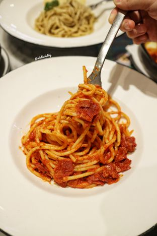 Foto 4 - Makanan(Bucatini amatriciana) di Pizza Marzano oleh Stellachubby