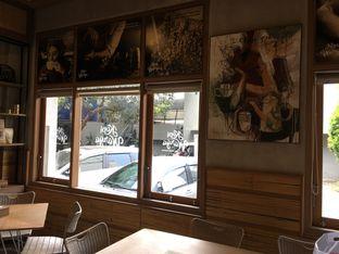Foto 8 - Interior di Kopi Warga oleh Mariane  Felicia