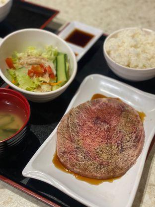 Foto 10 - Makanan(oishii set) di Hattori Shabu - Shabu & Yakiniku oleh Jeljel