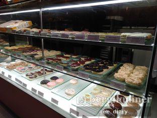 Foto 3 - Interior di J.CO Donuts & Coffee oleh Genina @geeatdiary
