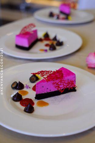 Foto review Voyage Restaurant - Harris Vertu Hotel oleh Vionna & Tommy 9