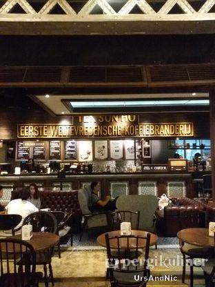 Foto 8 - Interior di Koffie Warung Tinggi oleh UrsAndNic