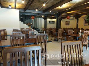 Foto 2 - Interior di Restoran Beautika Manado oleh efa yuliwati