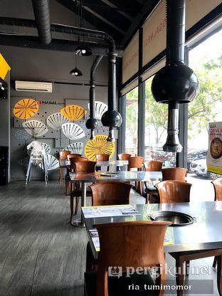 Foto 9 - Interior di Magal Korean BBQ oleh riamrt