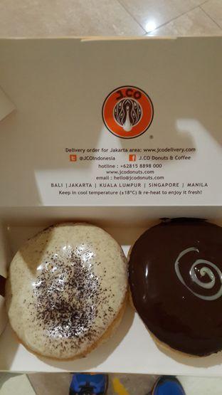 Foto - Makanan di J.CO Donuts & Coffee oleh Calvin Herryson