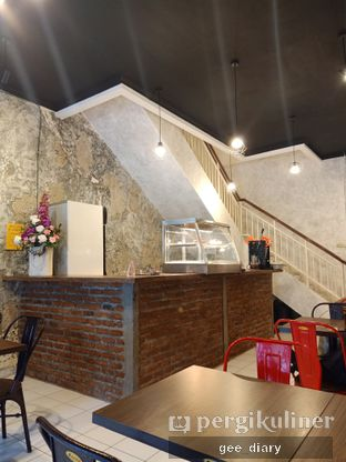 Foto 7 - Interior di Ong's Kitchen oleh Genina @geeatdiary