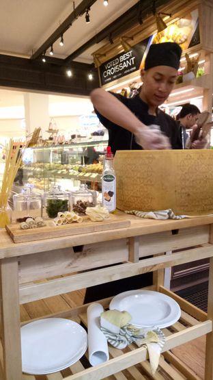 Foto 14 - Interior di Eric Kayser Artisan Boulanger oleh maysfood journal.blogspot.com Maygreen