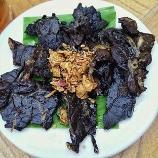 Foto 5 - Makanan(Paru Goreng) di Kafe Betawi oleh felita [@duocicip]