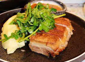9 Tempat Makan di Sudirman dengan Menu Olahan Babi Paling Favorit
