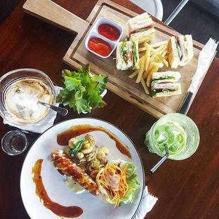 Foto - Makanan di Communal Coffee & Eatery oleh Clara Yunita