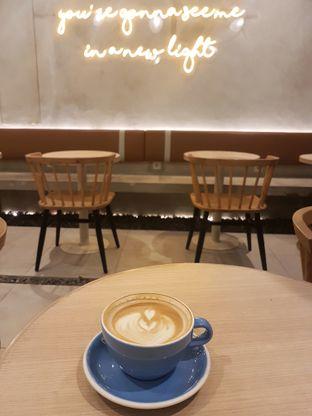 Foto 1 - Makanan(Cappuccino) di Coffeeright oleh Gembuli Tan