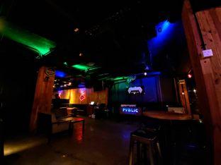 Foto 3 - Interior di Pvblic Bistro and Bar oleh Carolin Lim