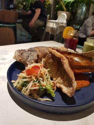 Foto review Devon Cafe oleh Clara Yunita 3