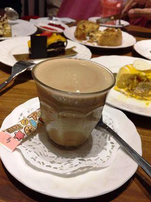 Foto 2 - Makanan di Exquise Patisserie oleh Prido ZH