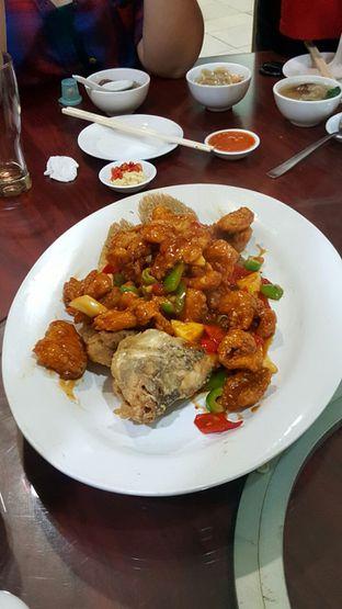 Foto 8 - Makanan(Gurame Asem Manis) di Gunung Mas oleh Naomi Suryabudhi