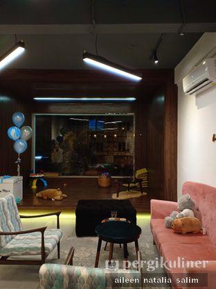 Foto 3 - Interior di Little M Coffee oleh @NonikJajan