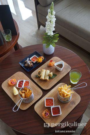 Foto 7 - Makanan di Lobby Lounge - Swiss Belhotel Serpong oleh bataLKurus