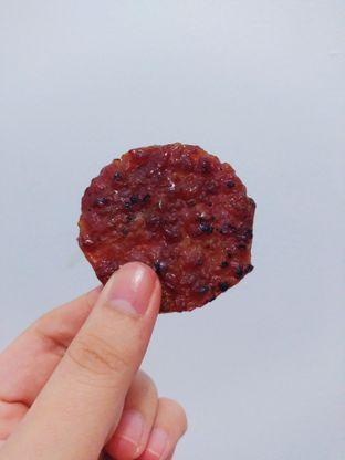 Foto 2 - Makanan di Bee Cheng Hiang oleh Desy Hwang IG : @hwangyujingg
