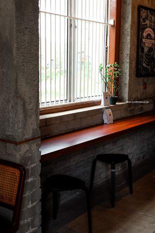 Foto 21 - Interior di Roast Coffee oleh Indra Mulia