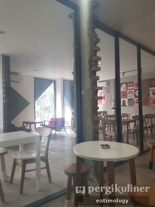 Foto 4 - Interior di Coffee Smith oleh EATIMOLOGY Rafika & Alfin