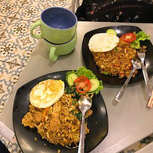 Foto 3 - Makanan di OTW Food Street oleh Della Ayu