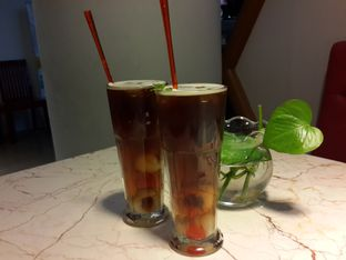 Foto 2 - Makanan(Iced Lychee Tea) di The Spoke Bistro oleh @stelmaris