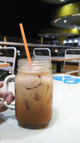 Foto 1 - Makanan(Ice Milk Tea) di Yumzaa oleh Anandic