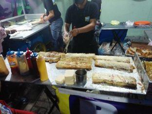 Foto 2 - Interior di Roti John Surabaya oleh Dita Maulida