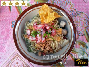 Foto 1 - Makanan di Bakmie Pecenongan oleh Tirta Lie