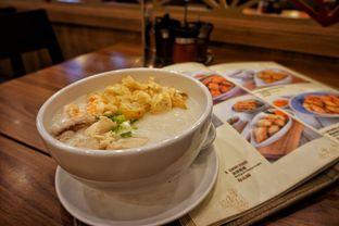 Foto 2 - Makanan(Bubur Ayam & Udang) di Ta Wan oleh Fadhlur Rohman